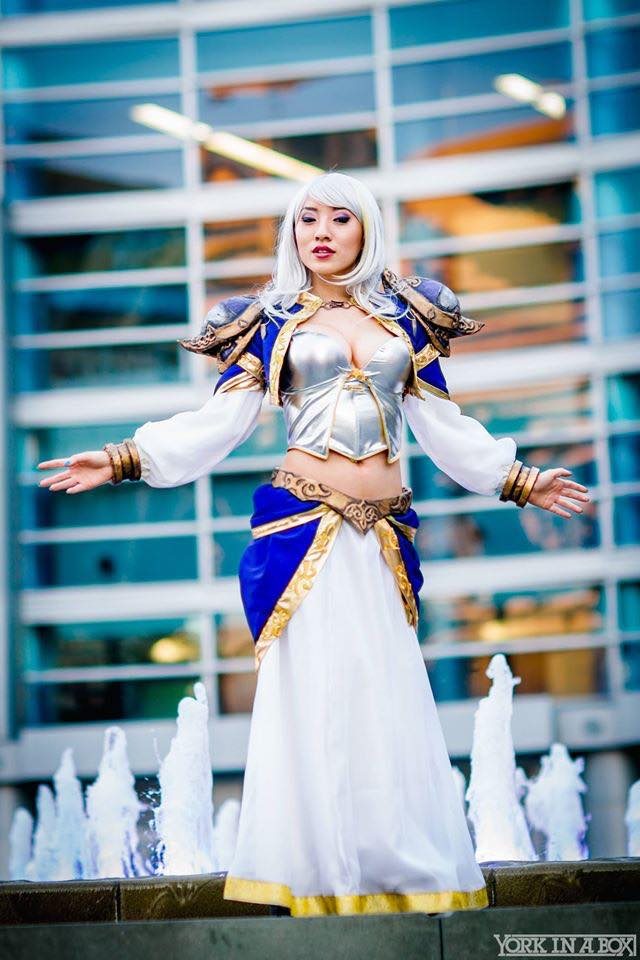World of Warcraft: Jaina Proudmoore Cosplay by Stella Chuu