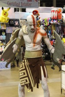 Kratos is so mad he's grabbing his knives from the blades instead of the handles!