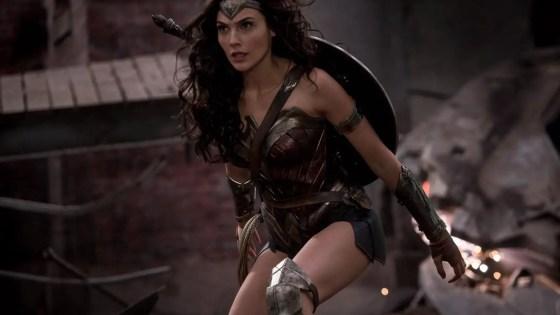 James Cameron calls Wonder Woman an 'objectified icon,' Patty Jenkins responds