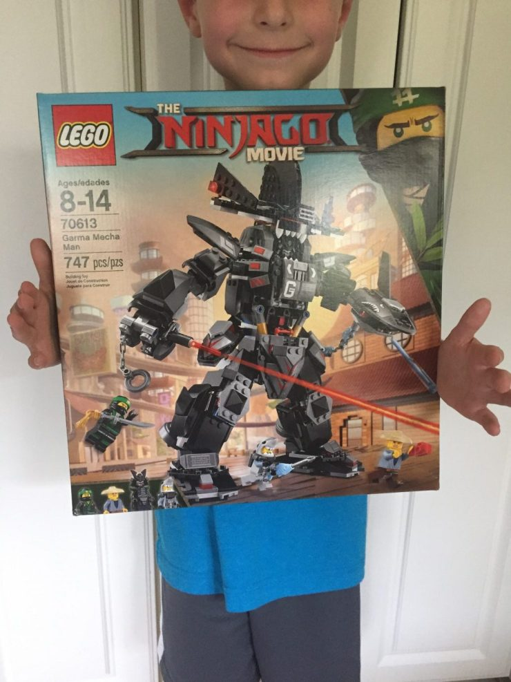 LEGO has released a number of new sets themed with the new film, including the one we're unboxing and beginning to assemble in today's article: Set 70613 Garma Mecha Man.