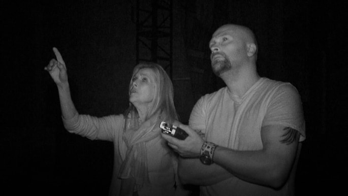 Scooby Doo vs. Ghost Hunters -- Who are the better paranormal investigators?