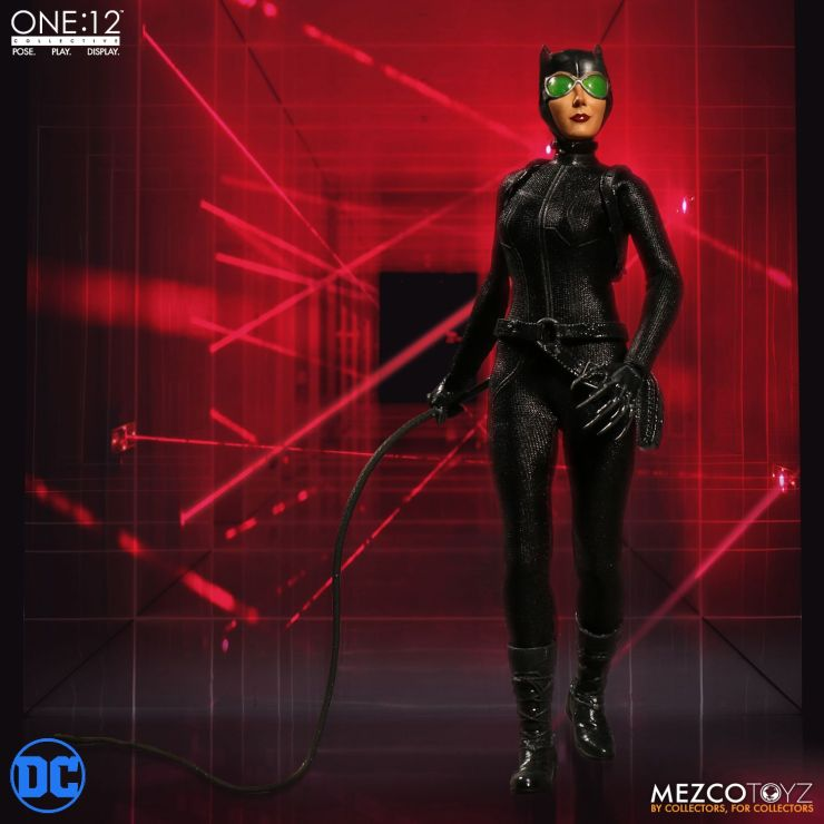Preview: Mezco's The One:12 Collective Catwoman