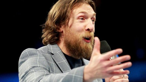 WWE's Daniel Bryan cleared to wrestle -- because of hyperbaric oxygen therapy?!