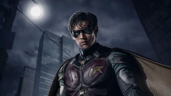 """F*ck Batman,"" a hyper-violent Robin and more in the official 'Titans' trailer"