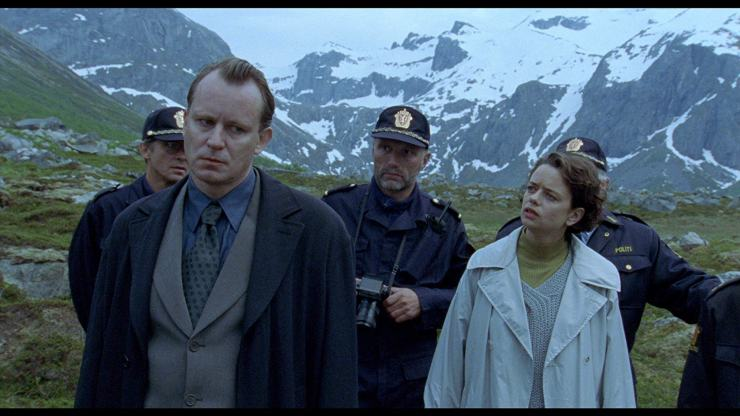Insomnia (1997) Review: An unremarkable detective-thriller