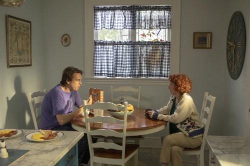 "Crashing S3 E5: ""Mom and Kat"" recap and review"
