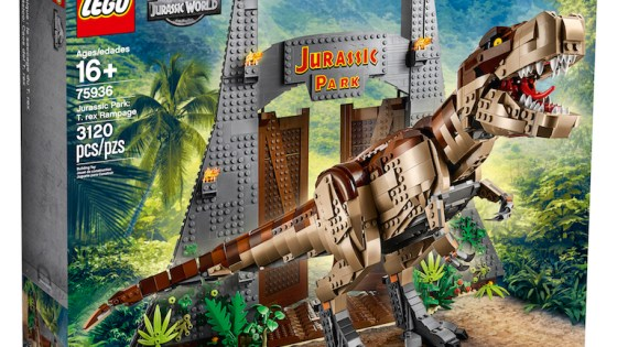 LEGO is on a streak of great sets from the Apollo lunar mission set to one of the coolest LEGO designs ever with the Stranger Things set. Today, LEGO has revealed a Jurassic Park set featuring the classic Jurassic Park gate, 6 minifigures featuring the main cast from the original film, and a massive tyrannosaurus rex. Check out the screenshots below to see for yourself!