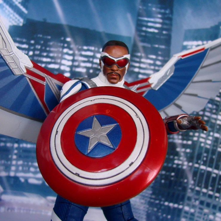 Marvel Select (officially) reveals new Captain America figure