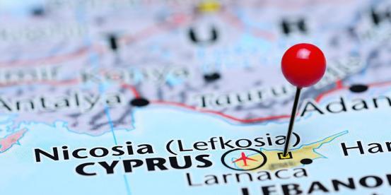 Η πρώτη παρτίδα εμβολίων έφτασε στην Κύπρο