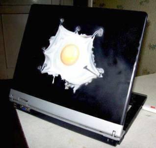 airbrush-on-laptop-76
