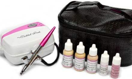 Tickled Pink Airbrush Kit with Medium Shades Makeup Review