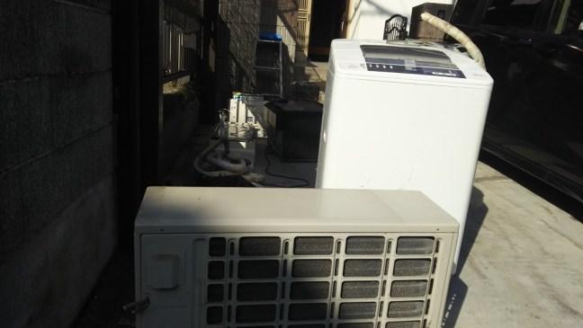 呉で一軒家の解体のためエアコンの引き取り・回収と不用品の回収をしました
