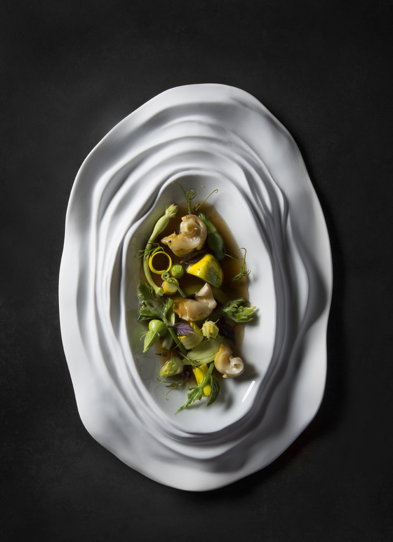 zucchini-caracoles-de-mar-albahaca-mirazur