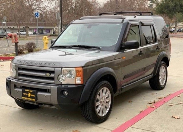 my 2008 Land Rover LR3 that I use to tow my Airstream Flying Cloud