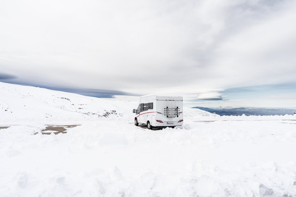 Read more about the article Best Winter RV Skirting Options for Cold Weather