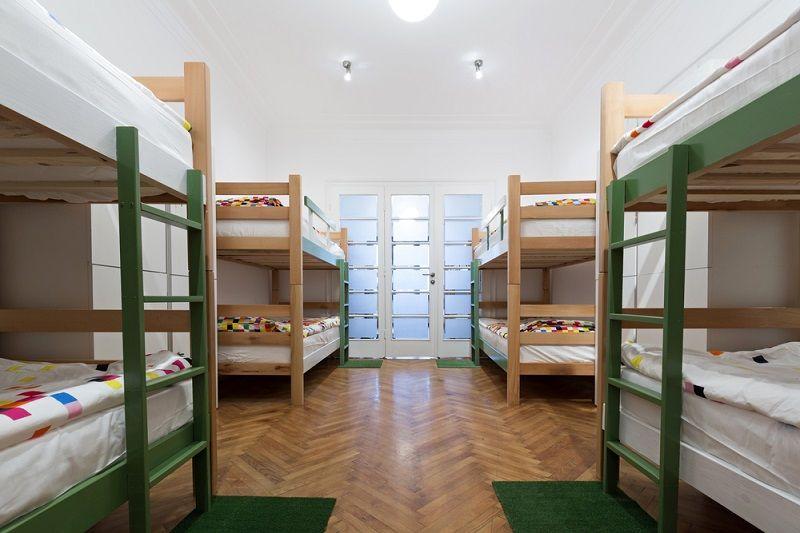 vale a pena ficar em hostel