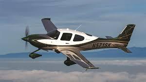 Cirrus SR22-GTS Flight Image