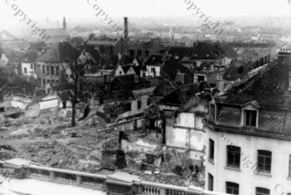15-V-1 BRUSSELS Minimes 8 nov 1944