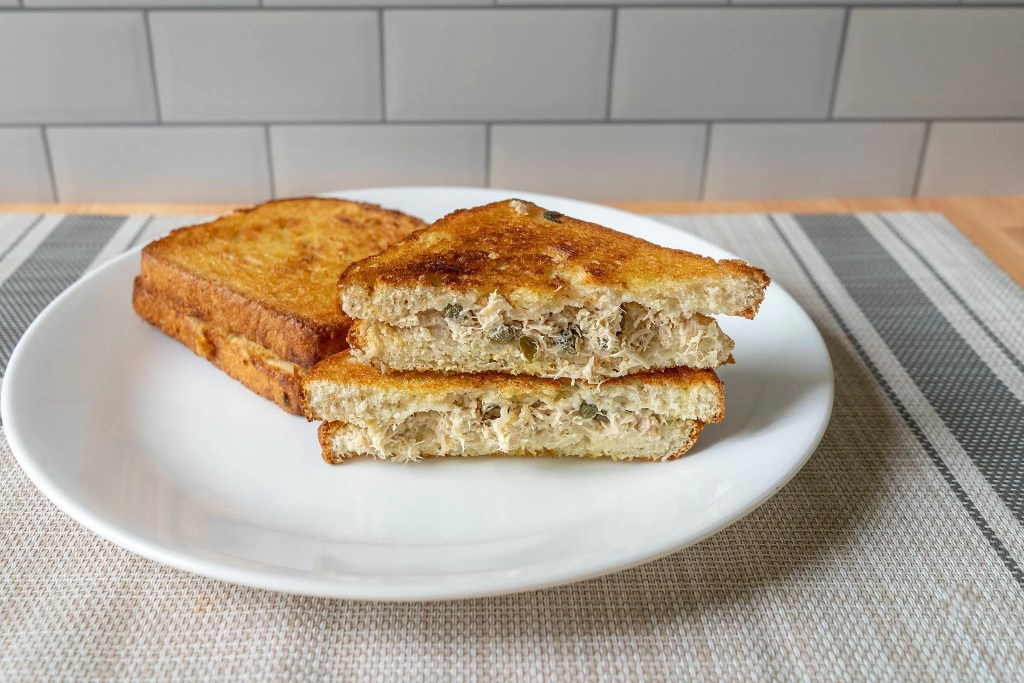 Air fried grilled tuna sandwiches cross section