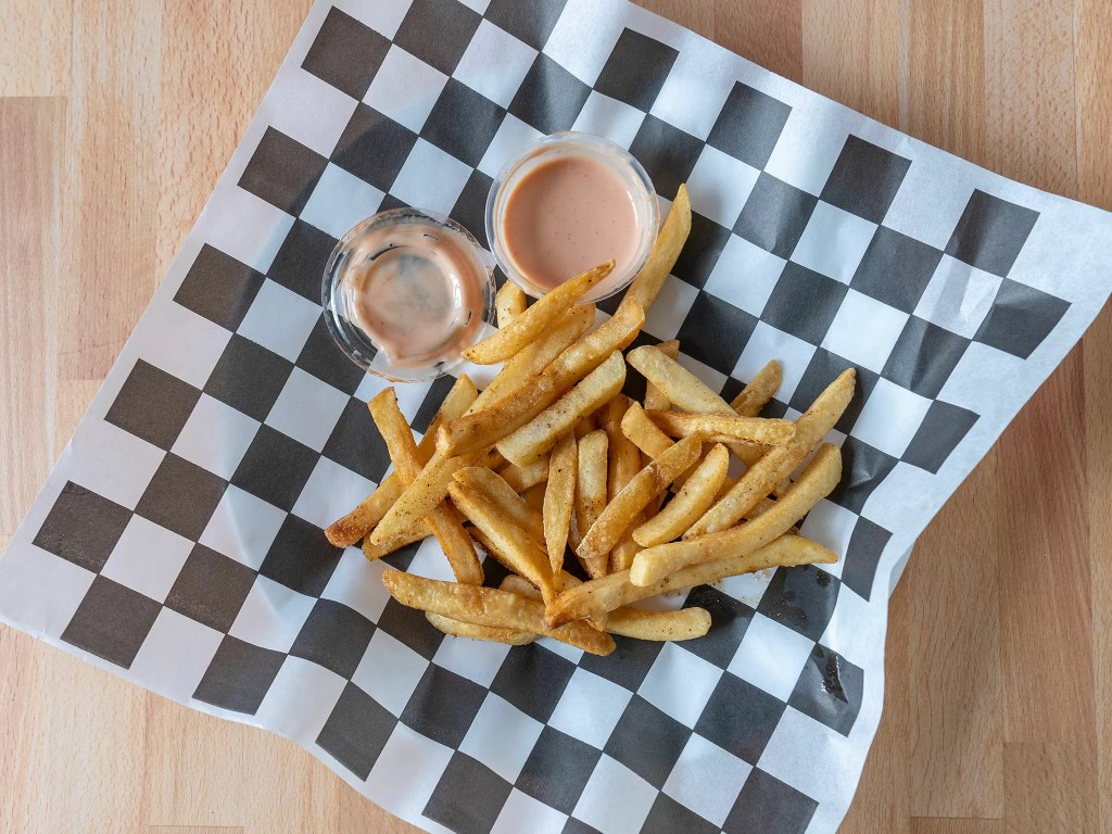 Reheated medium cut restaurant French Fries using an air fryer