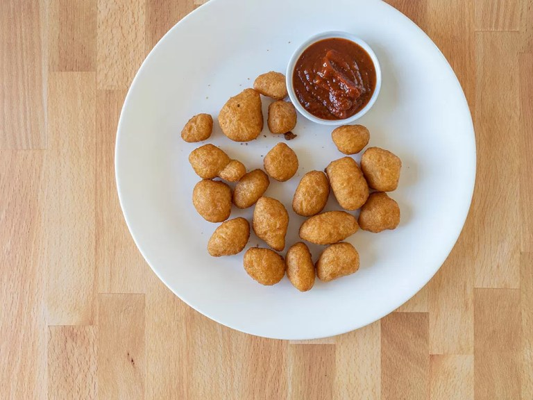 How to reheat Zaxby's Cheese Curds using an air  fryer