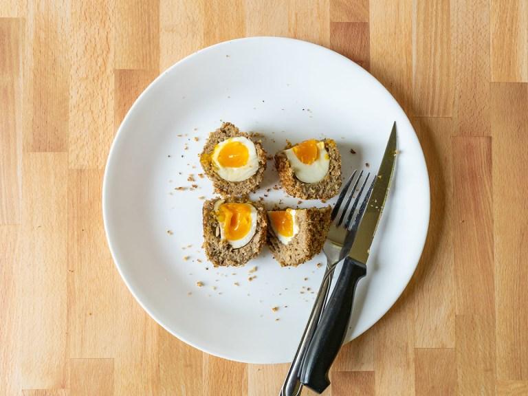 How to make Vegetarian Scotch Eggs using an air fryer