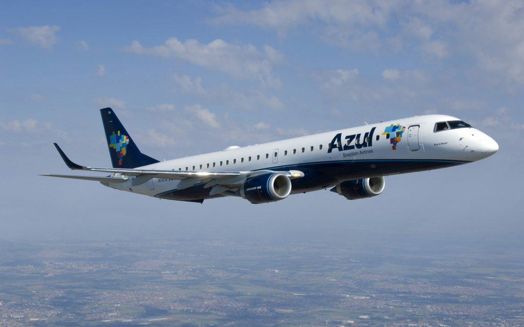 Azul drastically reduces costs and defers E2-deliveries