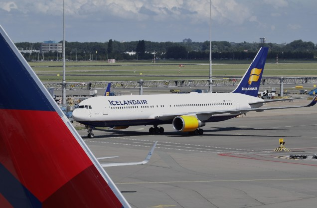 Boeing 767-300ER of Icelandair at Amsterdam Schiphol