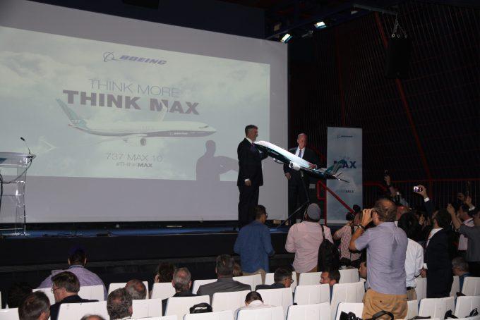 Boeing MAX 10 launch Paris Airshow 2017