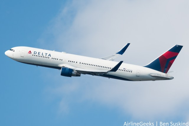 Delta Announces Massive Hiring, New Customer Satisfaction Measures
