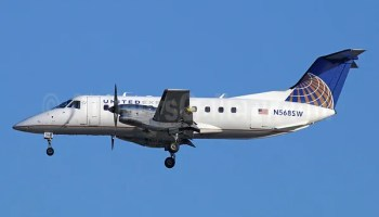 United To Drop United Express Service From Portland Oregon To - Flights from lax to eugene oregon