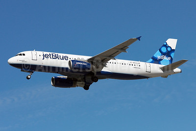 https://i2.wp.com/airlinersgallery.smugmug.com/Airlines-UnitedStates/JetBlue-Airways/i-NhLCtwG/0/S/JetBlue%20A320-200%20N534JB%20%2809-Blueberries%29%28Tko%29%20FLL%20%28AWF%29%2846%29-S.jpg