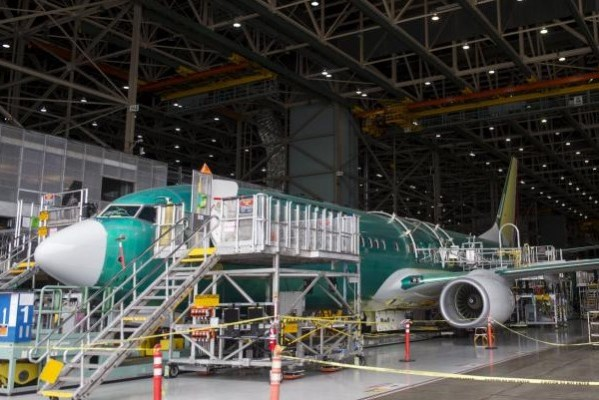 737 Assembly Renton Washington