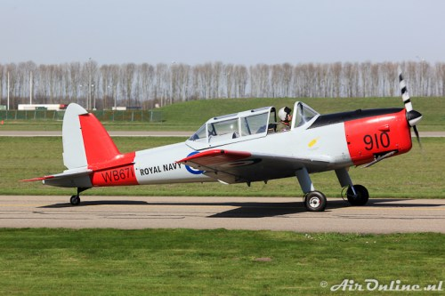 G-BWTG WB671 De Havilland Canada DHC -1 Chipmunk
