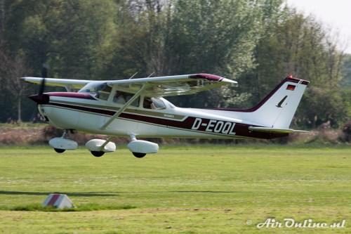 D-EFQL Reims-Cessna F172M Skyhawk II (Grefrath, 19 april 2009)