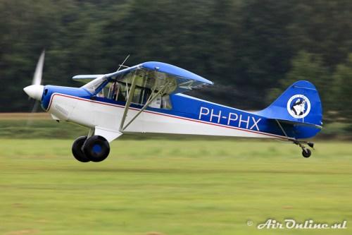 PH-PHX Christen A-1 Husky (let eens op het water dat van de vleugels komt!)