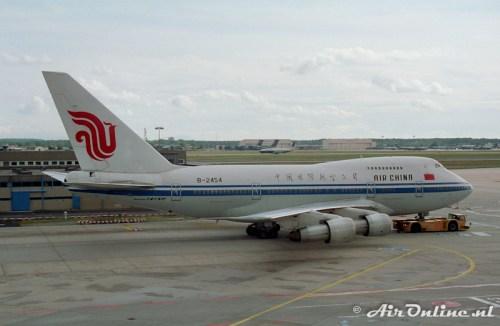 B-2454 Boeing 747SP-27 (Frankfurt, 1995)
