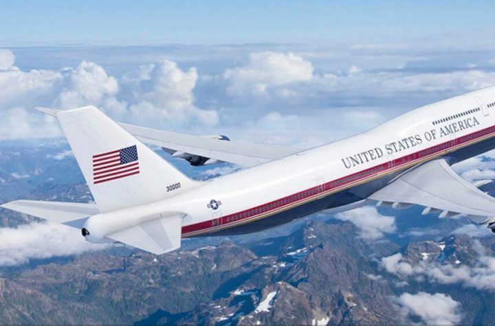 americas new air force one boeing 747s have been delayed Airplane GEEK America's New Air Force One Boeing 747s Have Been Delayed