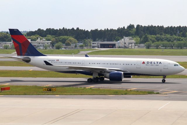1280px-Delta_A330-200(N855NW)_(4628828482)