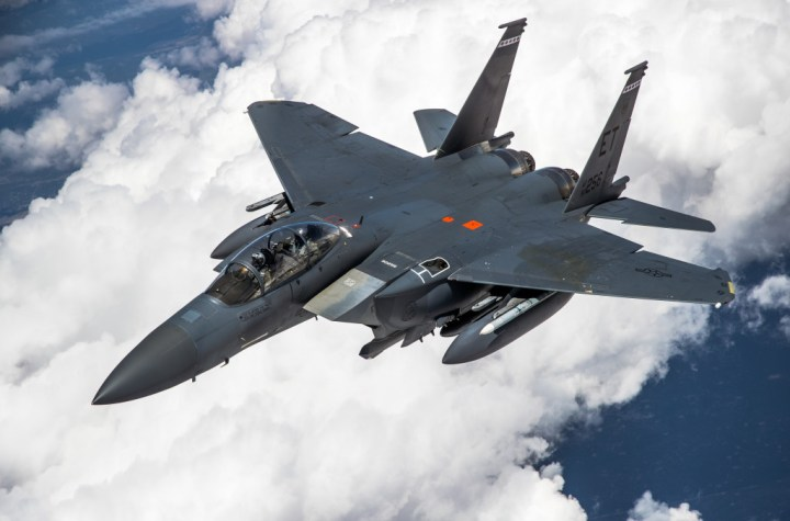 """fuck stealth an f 15 pilot opines on why the eagle ii is needed and the story of the eagle eye hunter scope Airplane GEEK """"Fuck stealth!"""" An F-15 pilot opines on why the Eagle II is needed (and the story of the 'Eagle Eye' hunter scope)"""