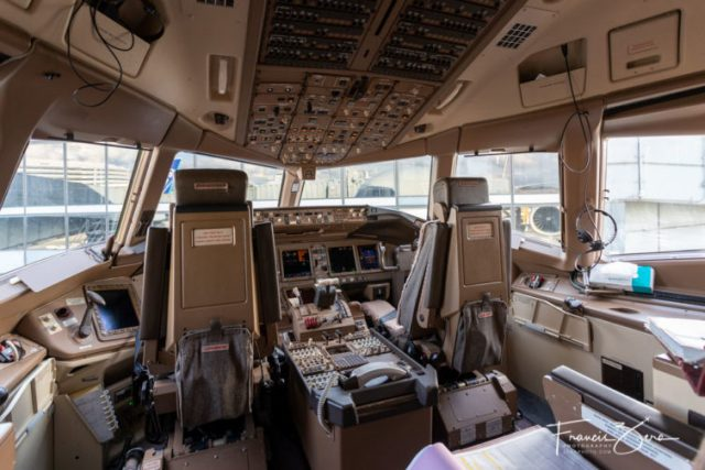 The 777-300 cockpit is also quite spacious