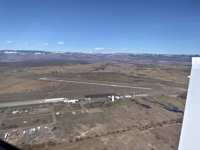 On the downwind leg for landing at Ellensburg, Wash. Katie Bailey photo