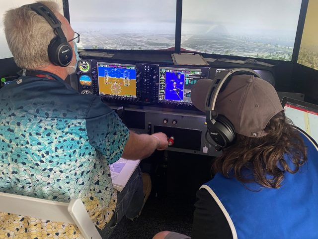 eaa pilot proficiency center an hour in the Airplane GEEK EAA Pilot Proficiency Center: An Hour In The Sweatbox