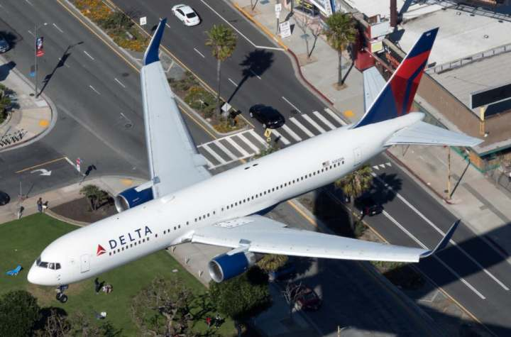 us airlines have been operating heavy domestic widebody schedules will they stay Airplane GEEK US Airlines Have Been Operating Heavy Domestic Widebody Schedules – Will They Stay?