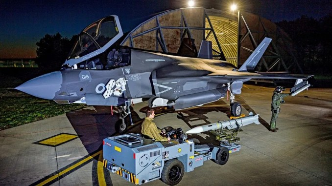 italy and uk are integrating new european weapons on the f 35 lightning ii Airplane GEEK Italy And UK Are Integrating New European Weapons On The F-35 Lightning II