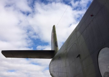 Sitting wa-a-ay up there, the tail of the HARS DHC-4 Caribou