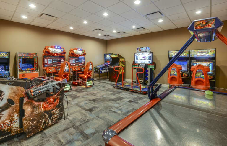 Pulte-Orlando-Florida-Windsor-Westside-Arcade 2-1920x1240 - Copy