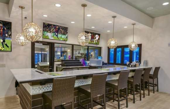 Pulte-Orlando-Florida-Windsor-Westside-Tu-Casa-Bar-1920x1240