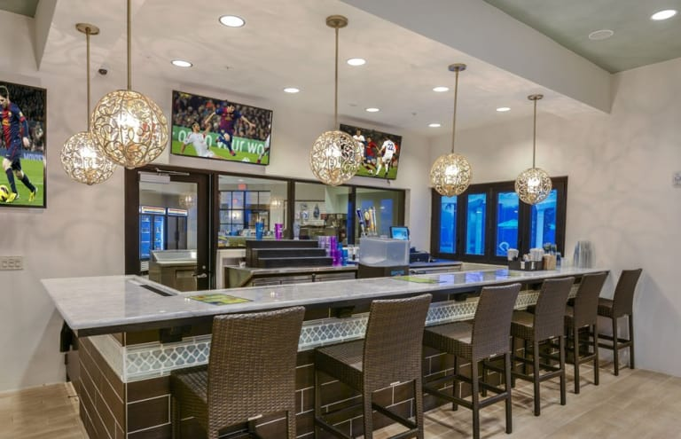 Pulte-Orlando-Florida-Windsor-Westside-Tu-Casa-Bar-1920x1240