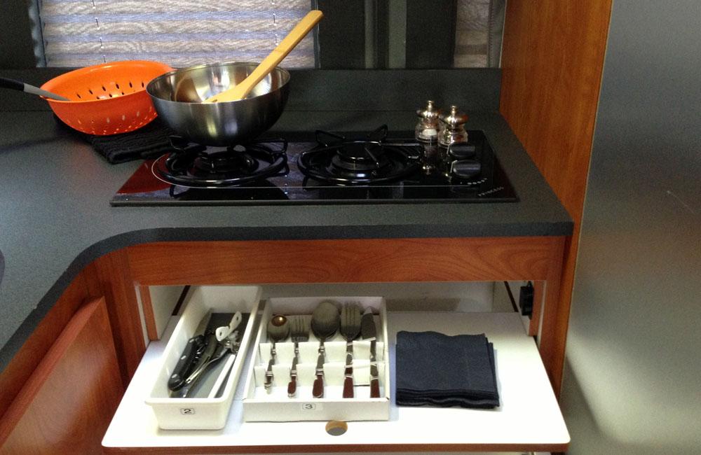 Kitchen & dish ware